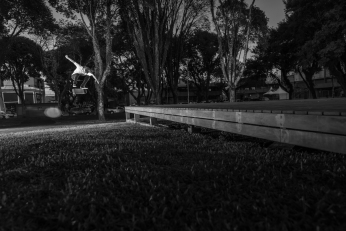 Renato Souza, B/s Flip | Revista Tribo Skate #246